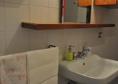 Agriturismo-testalepre-appartamento-cicala_bagno2